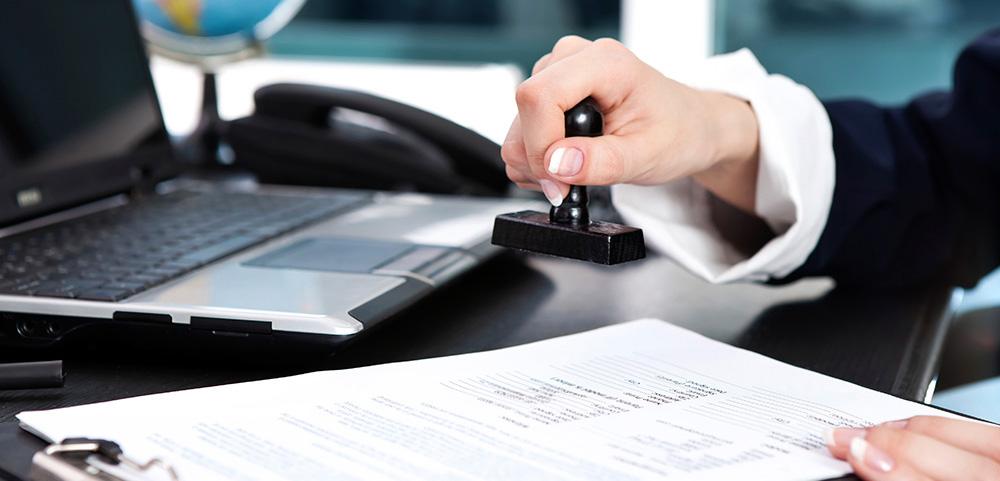 От чего зависит цена на услуги по регистрации юрлиц и внесению изменений в уставные документы