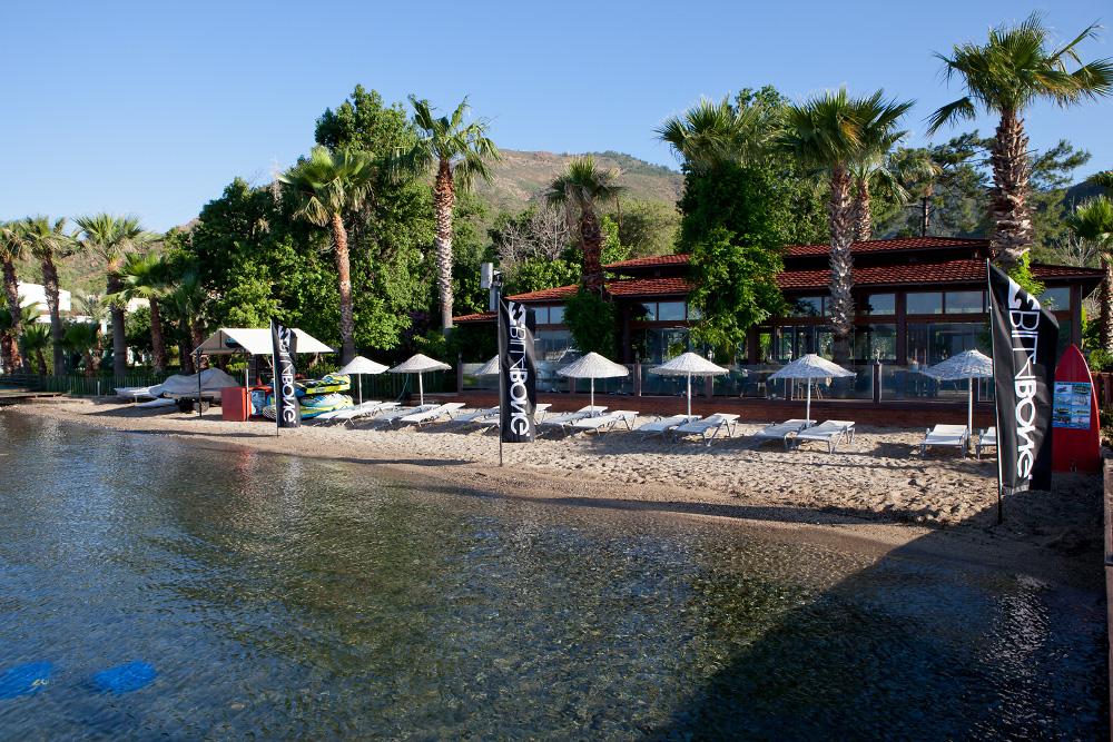 Отель TUI FUN&SUN Club Marmaris Deluxe ранее Toukan Family Club Marmaris до того Marmaris Resort Турция