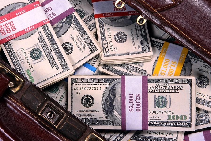 Як фрілансеру (підприємцю) законно отримати валюту за свої послуги